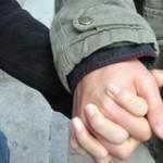 簡単に女性と手をつなぐ方法とは?